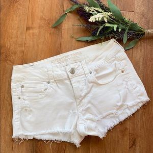 American Eagle Outfitters Cut Off Shorts!